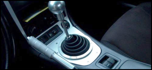 5 Bad Habits You Should Never Do with a Manual Transmission
